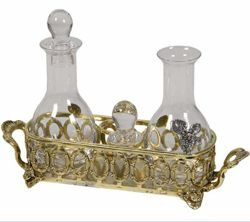 Picture of Water and Wine Cruet Set, gold bath