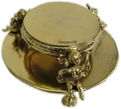 Picture of Monstrance base, gold bath