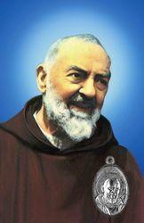 Picture of Padre Pio - immagine con medaglia