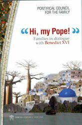 Immagine di Hi, my Pope! Families in dialogue with Benedict XVI Famiglia in cammino