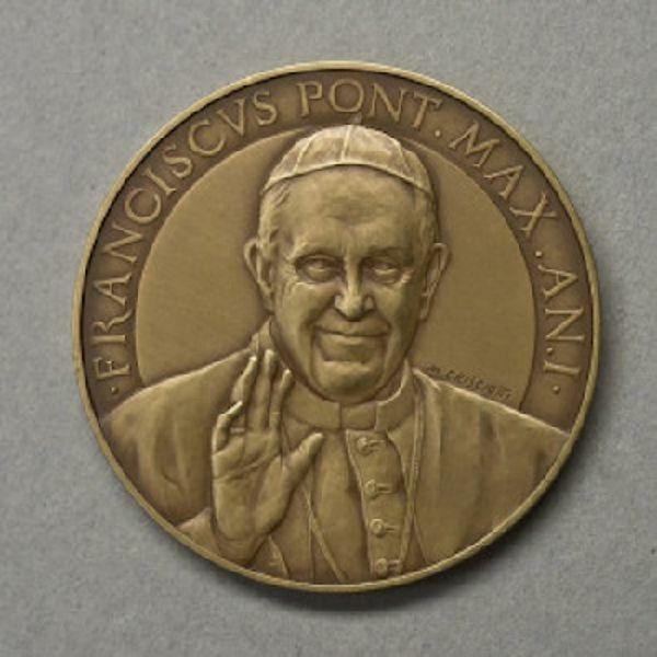 Immagine di Medaglia ufficiale del I anno di Pontificato di Papa Francesco - BRONZO