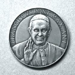 Picture of official medal of the first year of Pope Francis' pontificate - SILVER