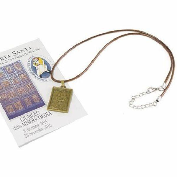 Imagen de Imagen sagrada con medalla de la Puerta Santa