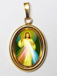 Picture of Merciful Jesus Gold plated Silver and Porcelain oval Pendant mm 19x24 (0,75x0,95 inch) Unisex Woman Man