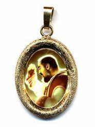 Immagine di Padre Pio da Pietrelcina Ciondolo Pendente ovale diamantato mm 19x24 (0,75x0,95 inch) Argento placcato Oro e Porcellana Unisex Uomo Donna