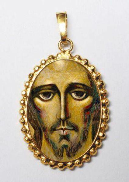 Immagine di Cristo di Kiko Ciondolo Pendente ovale a corona mm 24x30 (0,94x1,18 inch) Argento placcato Oro e Porcellana da Donna