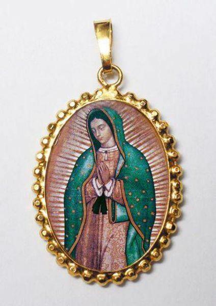 Imagen de Nuestra Señora de Guadalupe Medalla colgante oval de corona mm 24x30 (0,94x1,18 inch) Plata con baño de oro y Porcelana para Mujer