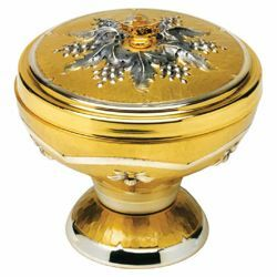 Picture of Set for Communion under Both Kinds Chalice Ciborium Paten H. cm 14 (5,5 inch) Lilies and Grapes bicolour brass complete liturgical both species service