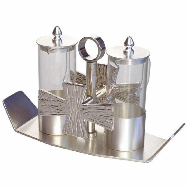 Immagine di Ampolle vino acqua Santa Messa cm 19x7,5 (7,5x3,0 inch) Croci argentate vetro ottone Set completo vassoio Ampolline liturgiche da Altare