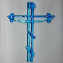 Immagine di Croce in vetro lavorato a mano - azzurra