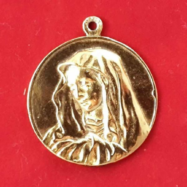 Picture of Virgin Mary - Gold or silver plated round pendant Medal