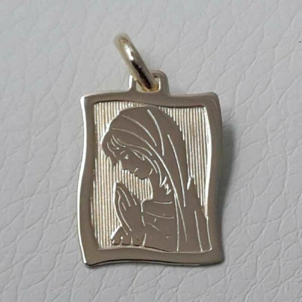 Picture of Madonna praying Sacred Rectangular Medal Pendant in bas-relief gr 1,7 Yellow Gold 18k for Children (Boys and Girls)