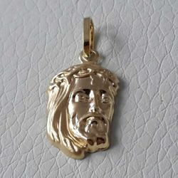 Picture of Holy Face of Jesus Christ Pendant gr 1 Yellow Gold 18k relief printed plate for Man