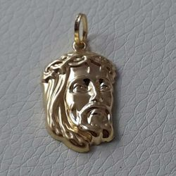 Picture of Holy Face of Jesus Christ Pendant gr 1,7 Yellow Gold 18k relief printed plate for Man