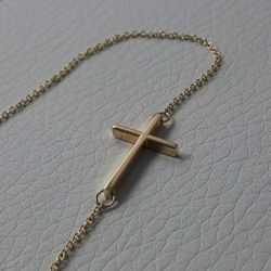 Picture of Fashion crew-neck Necklace with Straight Cross gr 2,2 Yellow Gold 18k for Woman