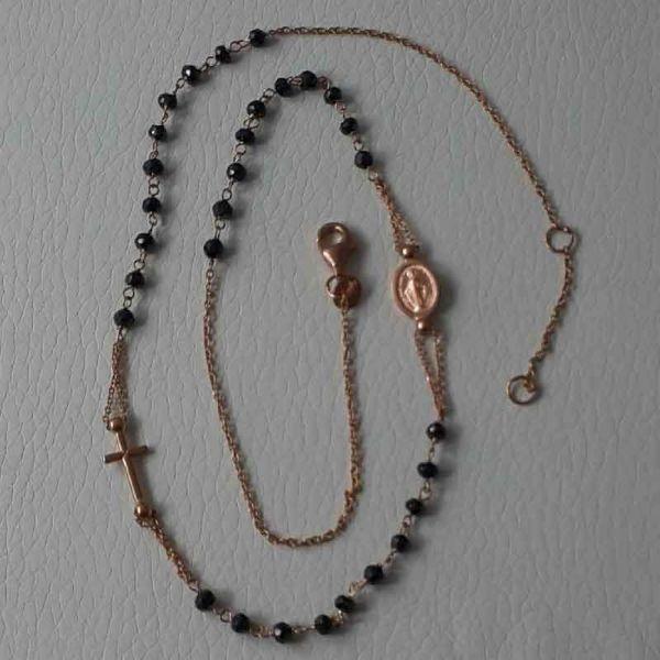 Immagine di Collana Girocollo Rosario con Medaglia Madonna Miracolosa e Croce catena passante gr 5,2 Oro rosa 18kt con Onice Unisex Donna Uomo