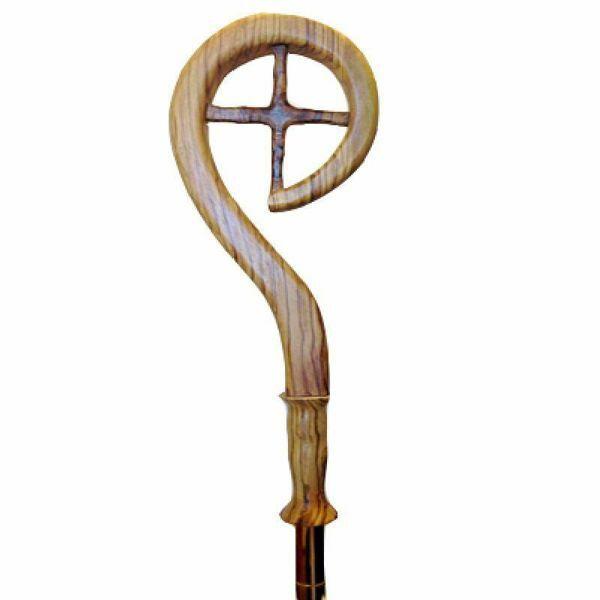 Immagine di Bastone Pastorale con asta cm 184 (72,4 inch) Simbolo della Croce Finitura liscia in Legno di Ulivo di Assisi