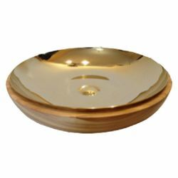 Picture of Liturgical Paten Diam. cm 18 (7,1 inch) smooth Finish in Olive Wood of Assisi