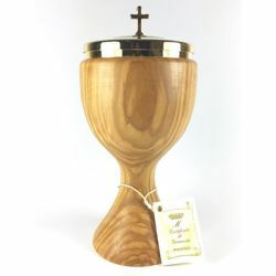 Picture of Low Liturgical Ciborium H. cm 20 (7,9 inch) smooth Finish in Olive Wood of Assisi