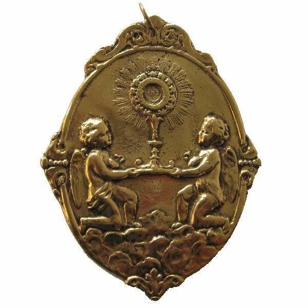 Picture of Angels with Monstrans - Gold or silver plated Blessed Sacrament Confraternity Medal (AMC406)