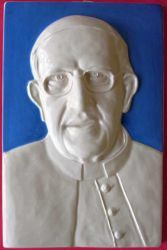Picture of Pope Francis Wall Panel cm 28x18 (11x7,1 in) Bas relief Glazed Ceramic Della Robbia