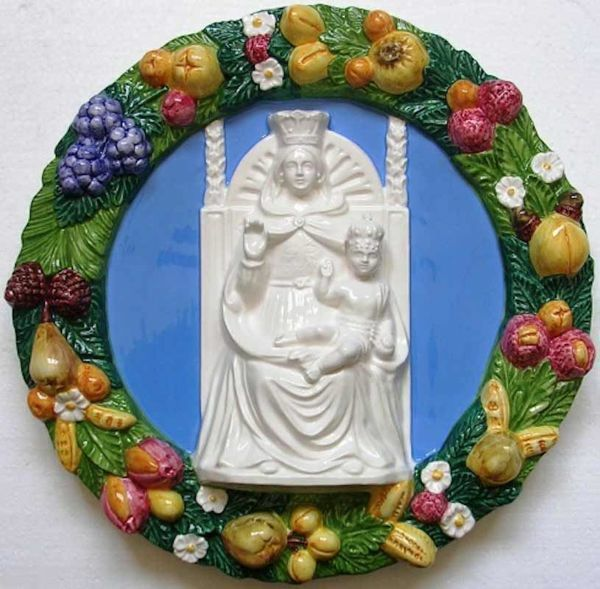 Picture of Our Lady of Help Wall Tondo diam. cm 38 (15 in) Bas relief Glazed Maiolica Della Robbia