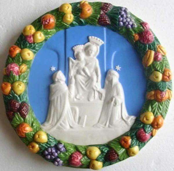 Imagen de Nuestra Señora de Pompei Tondo de pared diám. cm 23 (9,1 in) Bajorrelieve Cerámica Della Robbia