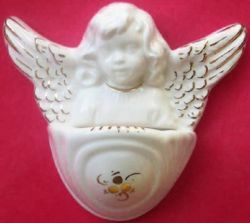 Picture of Guardian Angel Holy Water Stoup cm 10 (3,9 in) White and Gold Glazed Ceramic