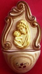 Imagen de Virgen con el Niño Pila de Agua Bendecida cm 14 (5,5 in) Cerámica vidriada Benditera pintada a mano