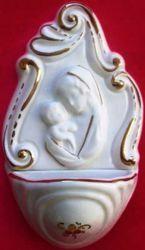 Imagen de Virgen con el Niño Pila de Agua Bendita cm 14 (5,5 in) Cerámica vidriada Benditera Blanca y Oro