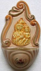 Picture of Our Lady of Loreto Holy Water Stoup cm 14 (5,5 in) Hand-painted Glazed Ceramic