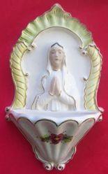 Imagen de Virgen orante Pila de Agua Bendita cm 26 (10,2 in) Cerámica vidriada pintada hilo de oro