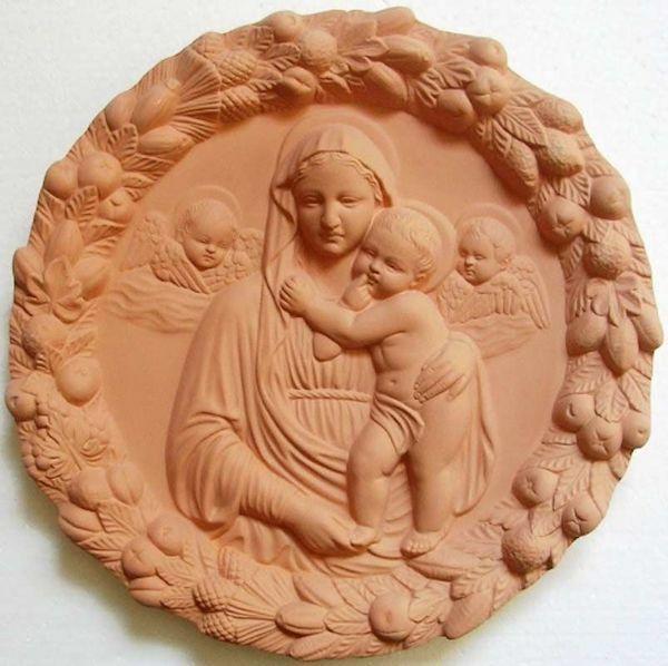 Immagine di Madonna con Bambino e Angeli Tondo da Muro diam. cm 32 (12,6 in) Bassorilievo Terracotta