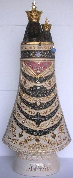 Immagine di Statua Madonna di Loreto cm 100 (39,4 in) Ceramica invetriata di Deruta dipinta a mano