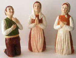 Picture of Statues Set the Three Shepherd Children of Fátima cm 40 (15,7 in) Hand-painted glazed majolica of Deruta
