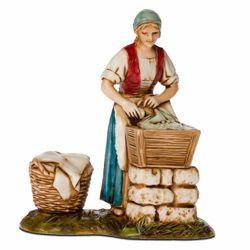 Picture of Washerwoman cm 8 (3,1 inch) Landi Moranduzzo Nativity Scene in PVC, Neapolitan style