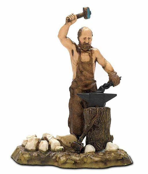Picture of Blacksmith cm 10 (3,9 inch) Landi Moranduzzo Nativity Scene in PVC, Neapolitan style