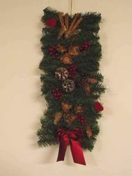 Picture of Door Christmas Wreath diam. cm 25 (9,8 inch) green plastic PVC with natural decorations, red berries and cones
