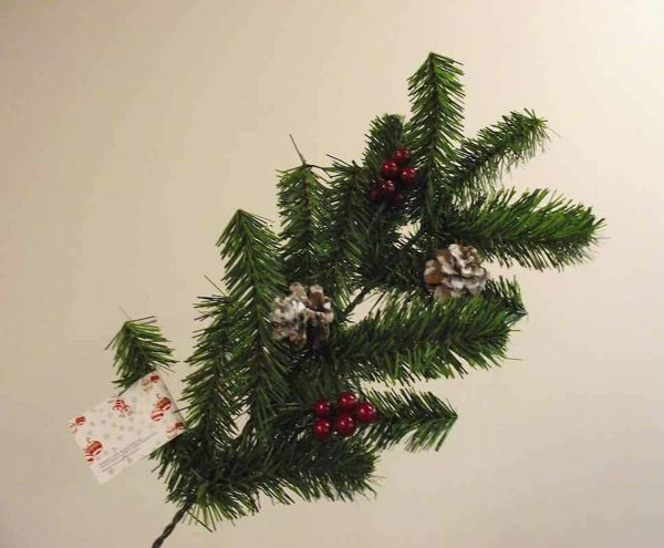 Picture of Set of 3 Pine Branch Christmas Wreaths cm 55 (21,7 inch) green  plastic PVC with decorations, red berries and cones