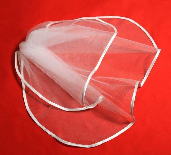 Immagine di Velo bianco in Tulle  con Pettinino per Abito Prima Comunione