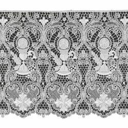 Picture of Macramè Lace Chalice H. cm 35 (13,8 inch) Viscose and Polyester White Lacework Edging for liturgical Vestments