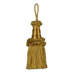 Picture of Twisted Tassel gold cm 10 (3,9 inch) Metallic thread and Viscose for liturgical Vestments