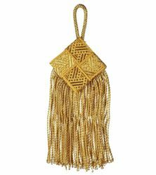 Picture of Square Tassel Metallic Fringe cm 14 (5,5 inch) Metallic thread and Viscose for Cope Pluviale and liturgical Vestments