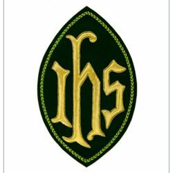 Picture of Oval Embroidered applique Emblem JHS symbol H. cm 23 (9,1 inch) Polyester Gold/Yellow for liturgical Vestments