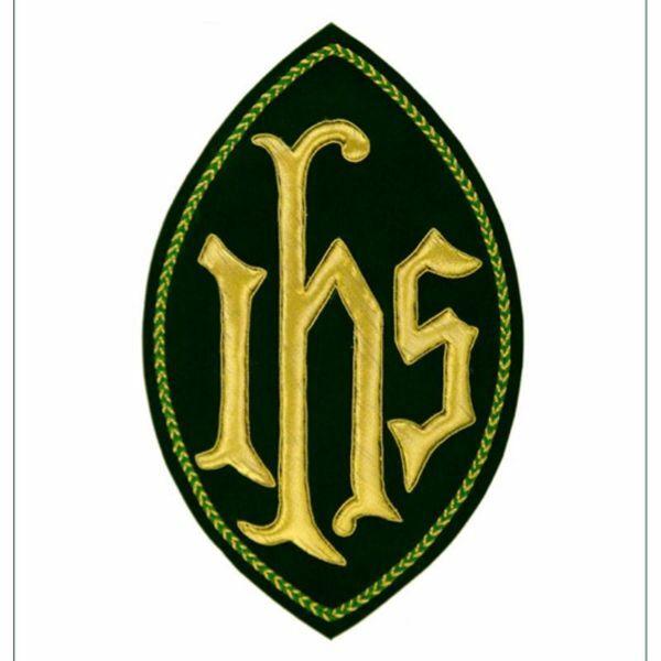 Immagine di Emblema ricamato ovale decorazione JHS H. cm 23 (9,1 inch) in Poliestere Oro/Giallo per Velo Omerale e Paramenti liturgici