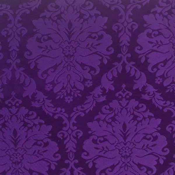 Immagine di Damasco San Satiro H. cm 160 (63 inch) Acetato Viola Avorio Nero Bianco Rosa Tessuto per Paramenti liturgici