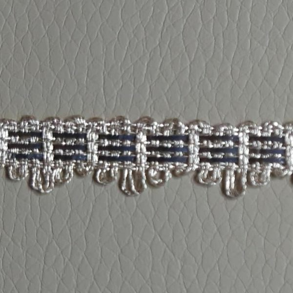 Picture of Agremano Braided Trim silver metal 3-webbings H. cm 1 (0,39 inch) Metallic thread and Viscose Border Edge Trimming for liturgical Vestments