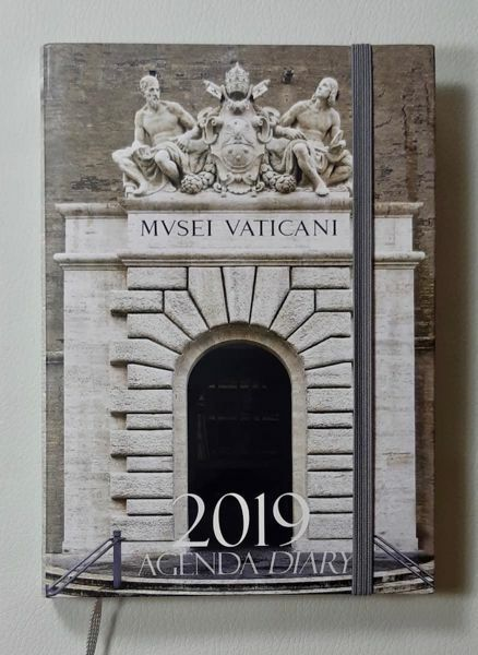 Immagine di Pocket Planner 2019 Vatican Museums Limited Edition Weekly Diary
