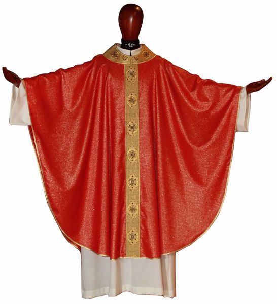 Picture of Gothic Chasuble Round Collar Net Embroidery Golden Orphrey and Neck in Laminated Wool Ivory Red Green Purple Chorus