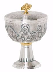 Picture of Liturgical Ciborium H. cm 18 (7,1 inch) Last Supper in chiseled brass Gold Silver